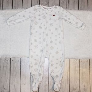Carter's Girl's Snowflake Footed Pajama's Size 2T
